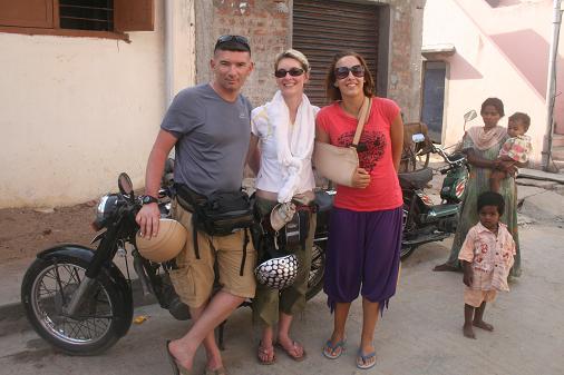 Pascal et Lucile de Paris (1st day in India)