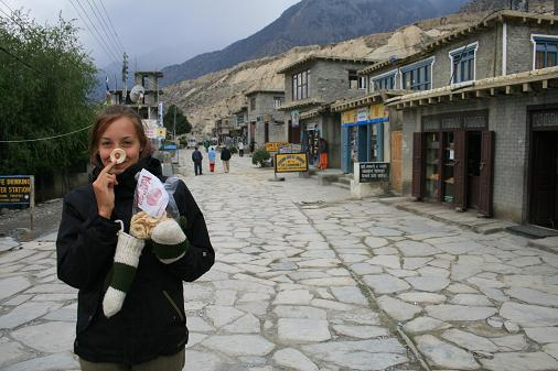 Jomsom town & dry apple