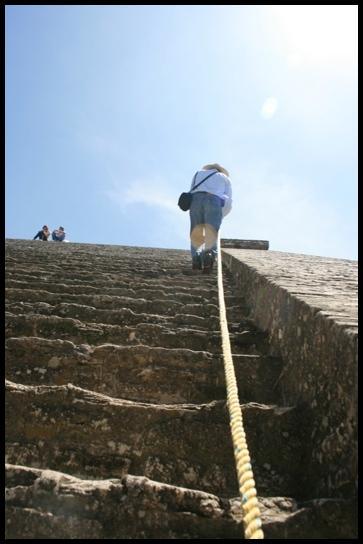 Juan climb the pyramide