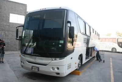 1 Bus deluxe to La Ceiba