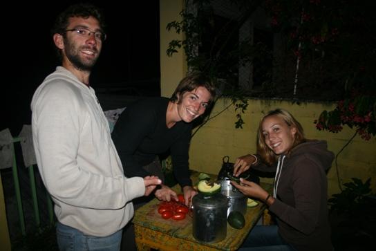 Damien Claire et Natus doing the Guacamole