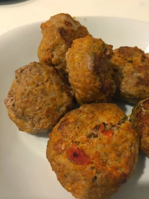 """Spaghetti and Meatballs"" Turkey Meatballs with Spaghetti Squash"