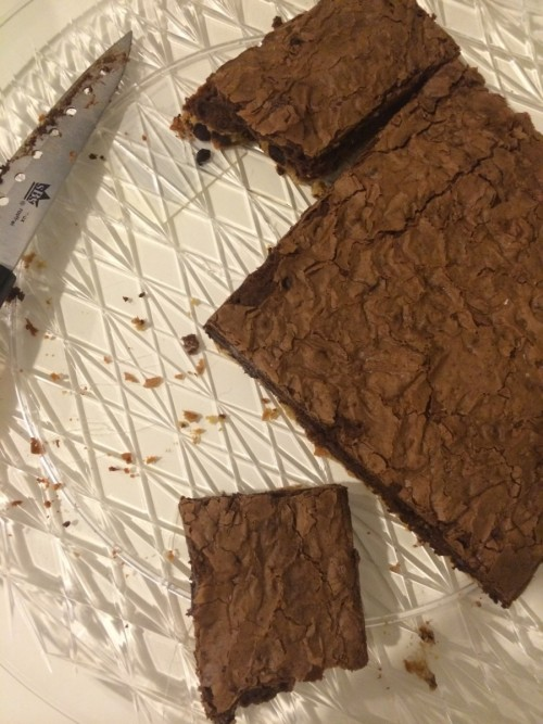 immaculate brownies with chocolate chip cookie crust #ibbakeswell