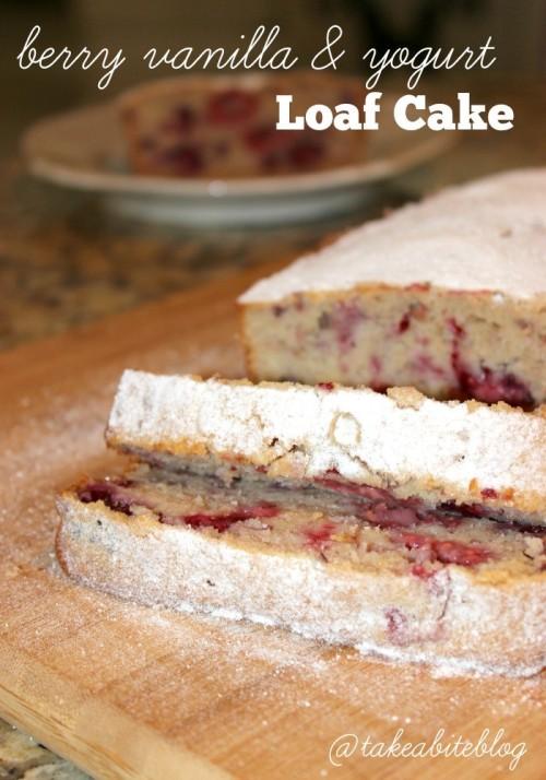 berry vanilla & yogurt loaf cake #vanillaweek