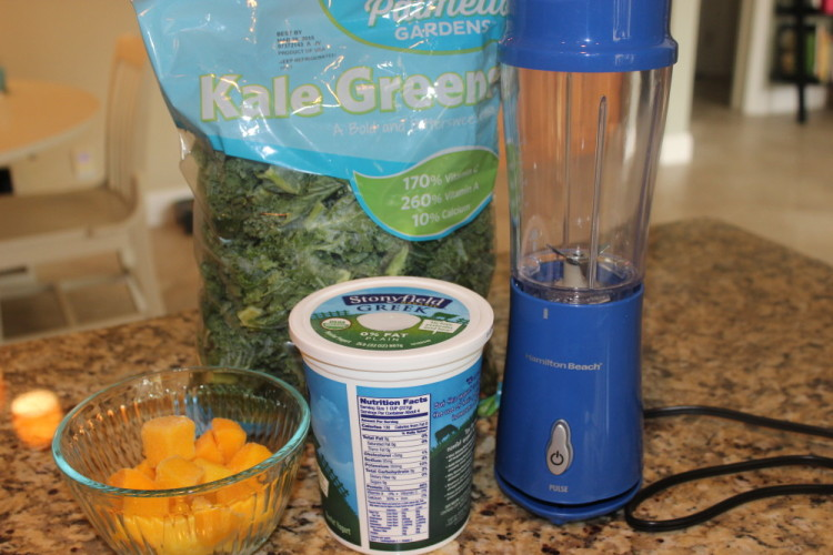 The Cold-Buster Green Smoothie #stonyfieldblogger