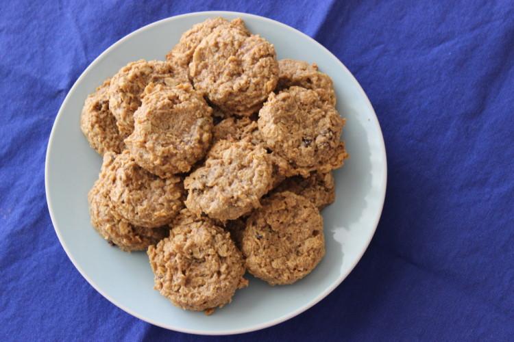 Cinnamon Raisin Peanut Butter Oatmeal Cookies #SundaySupper