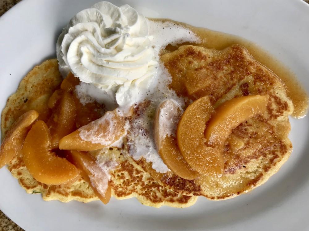 Henry's Delray, Peach Cobbler Pancakes