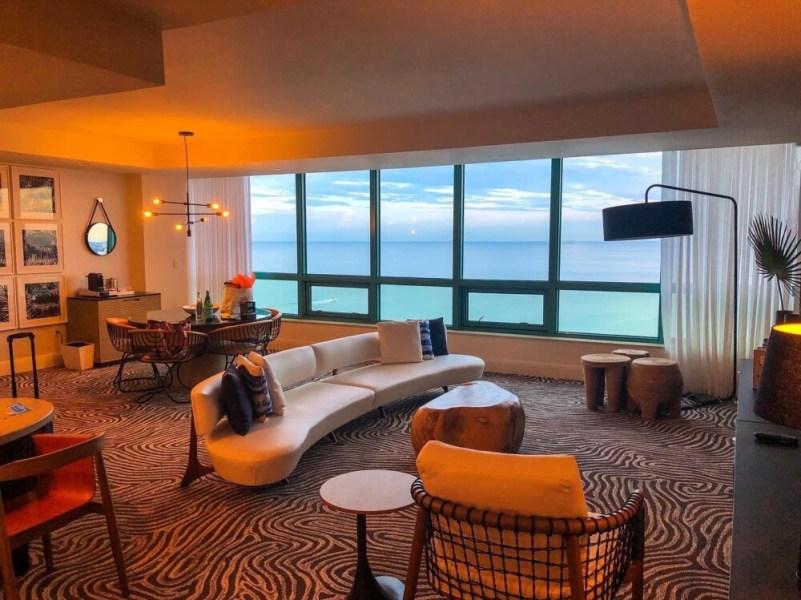 Diplomat Beach Resort Hollywood, Suite