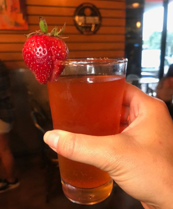 Tucker Duke's Boca Raton, Broski Strawberry Lemonade Cider