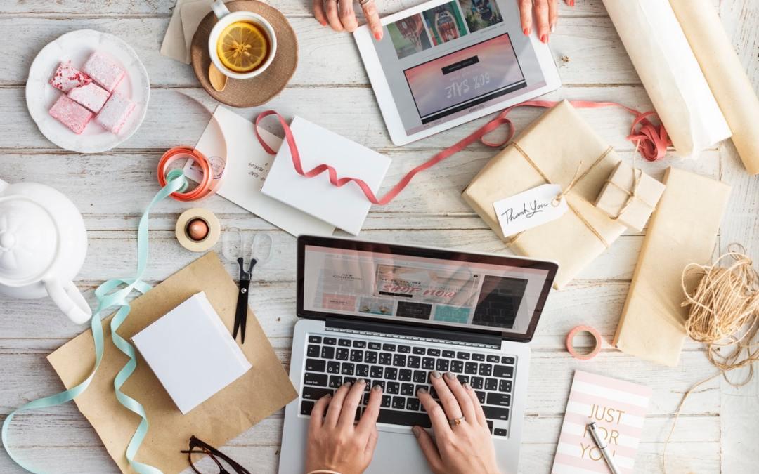 Image illustrating small create business desk