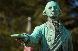 Statue of George Washington in George Washington Memorial Park