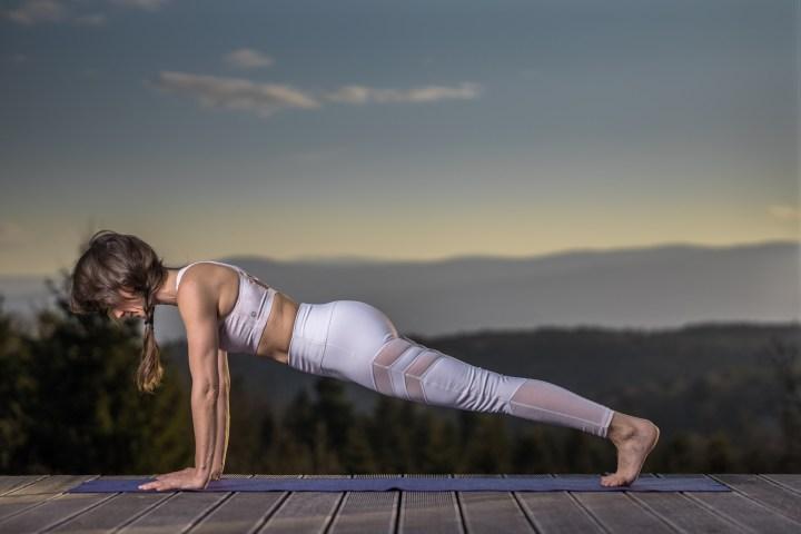 Plank turn