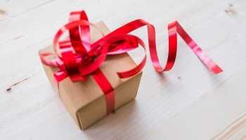 Are gifts necessary in a relationship