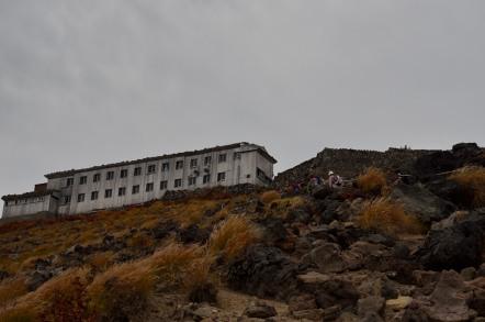 御嶽山 登山 頂上山荘