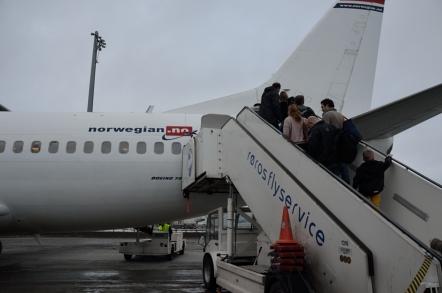 ノルウェー ノルウェジャン航空 DY382便