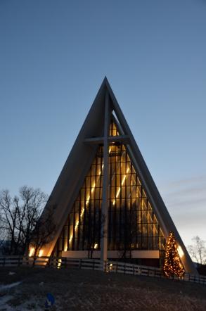 トロムソ トロムスダーレン教会 北極教会