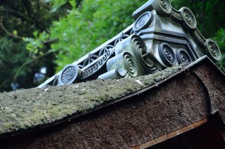 檜皮葺屋根