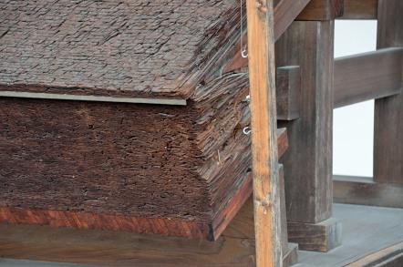 檜皮葺屋根 模型