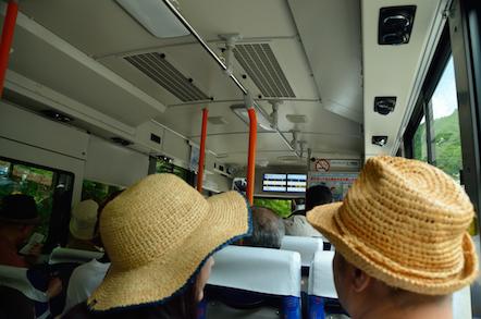 木曽駒ヶ岳 バス 車内