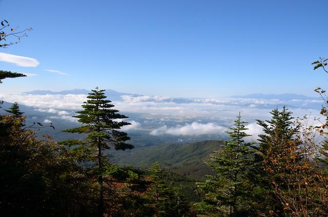蓼科山 すずらん峠側登山道 南アルプス〜中央アルプス方面
