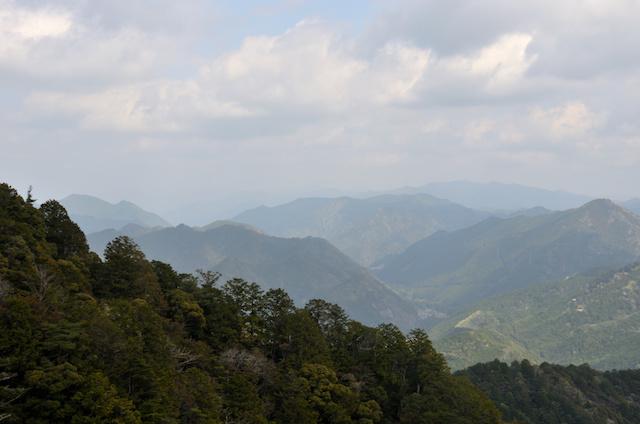 鷹打場からの眺め 鍵掛山方面