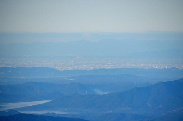 空木岳 山頂からの眺め 稲沢市、入道ヶ岳、御在所岳方面