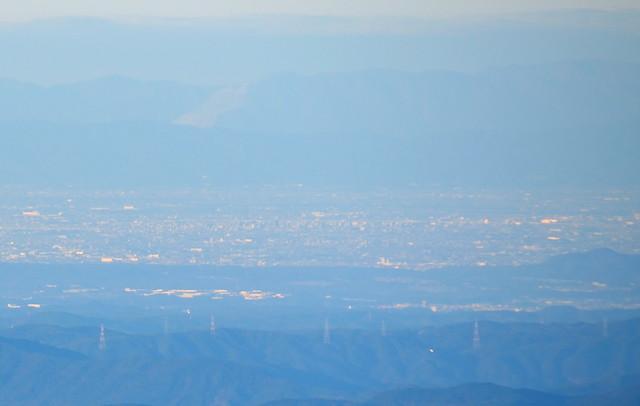 空木岳 山頂からの眺め 一宮市方面、藤原岳