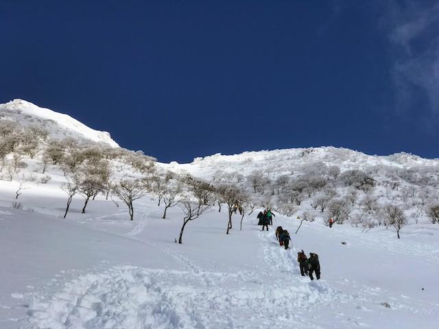 伊吹山 冬 雪山登山 8合目