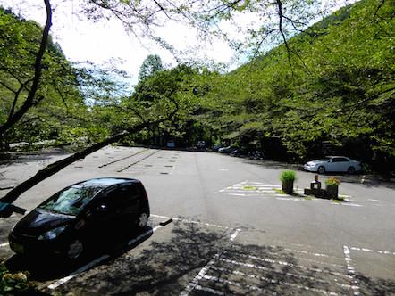 迫間不動尊 駐車場