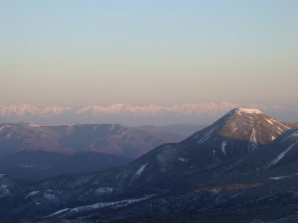 八ヶ岳 天狗岳 厳冬期 山頂からの眺め 後立山連峰方面