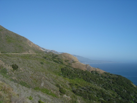 pacific coast highway along the big sur mountainside