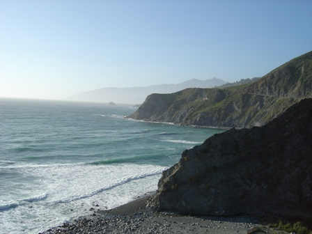 beach along pacific coast highway, in the big sur mountains