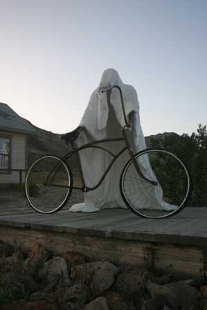Sculptures at Rhyolite Ghost Town