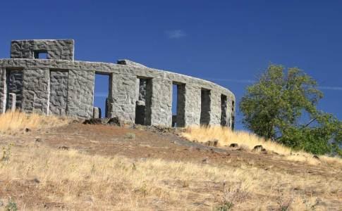 1200_06d_stonehenge
