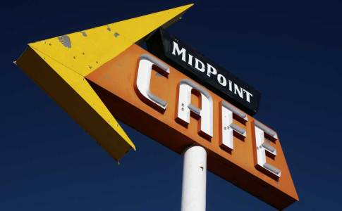1200_08a_midpointcafe
