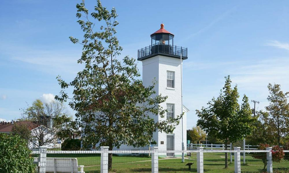 Sand Point Lighthouse, Escanaba, Michigan – TakeMyTrip com