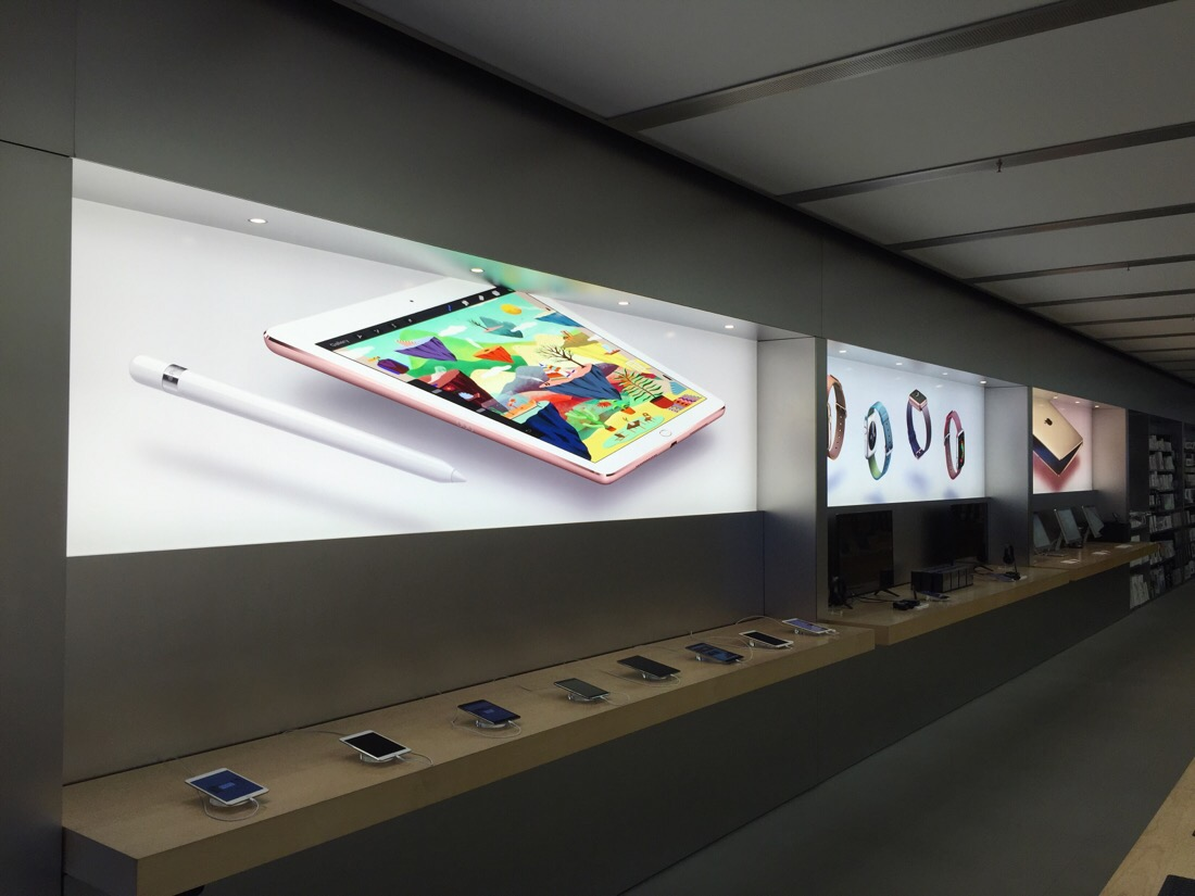 new graphic panels for the launch of the iphone se and ipad pro at the apple store