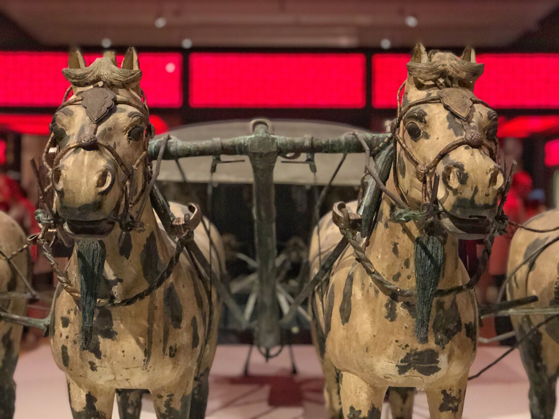Chariot of Qin Shi Huang, first Emporer of China on exhibit with terracotta warriors at the world museum in Liverpool, uk