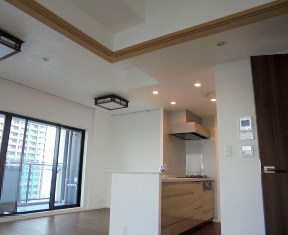 新築マンションの天井&壁をエコ・クィーンで