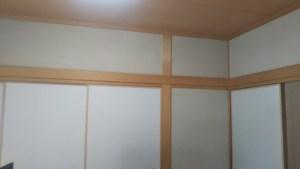 和室の砂壁塗り
