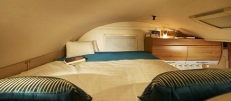 Camping-car-Capucine-C700S-Pilote-Lit-permanent