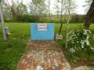 Punctul de alimentare cu apă potabilă și zona pentru deversarea toaletei chimice