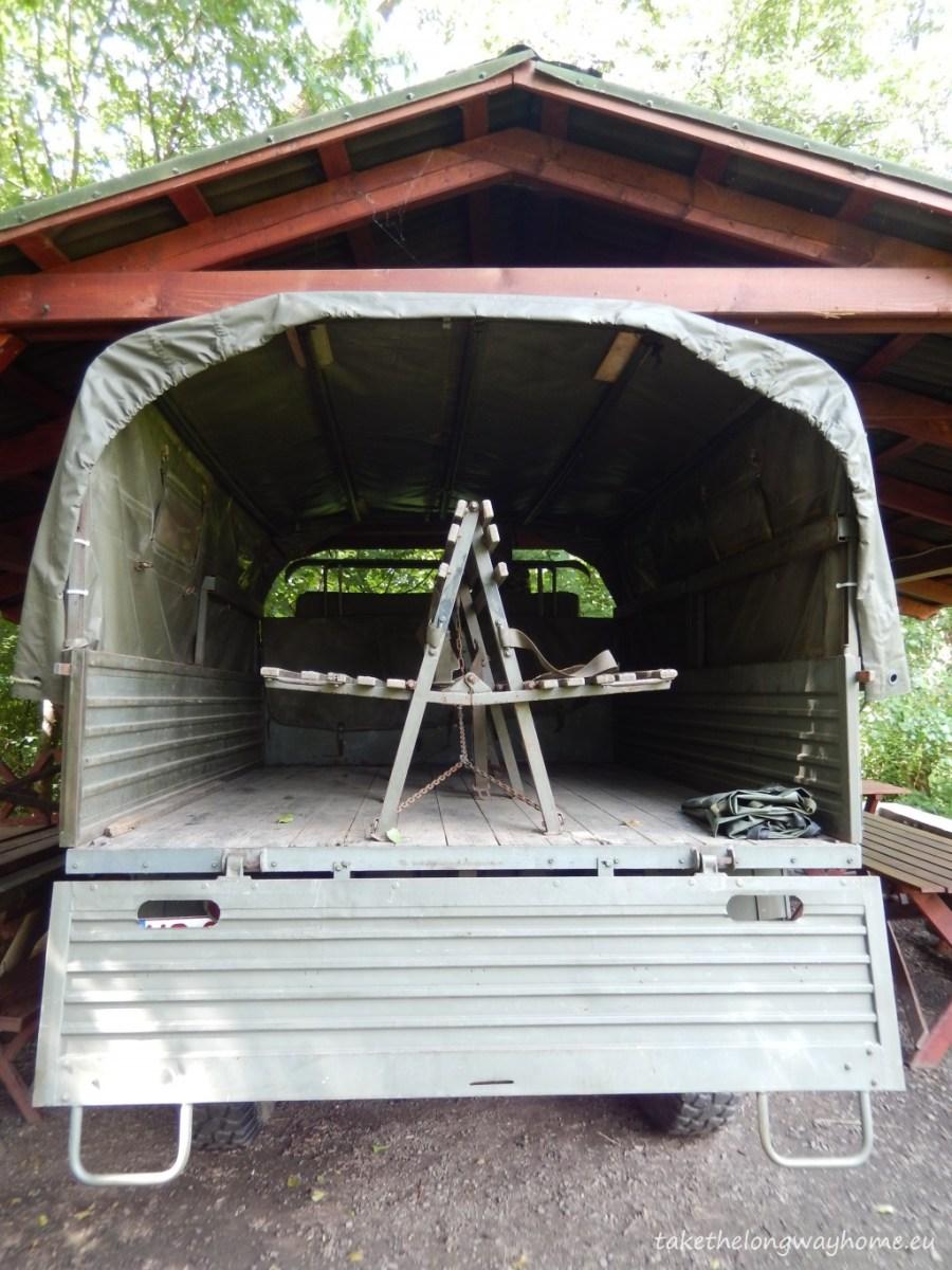 Din camping se organizează Safari tours : https://www.facebook.com/safaritours.ro