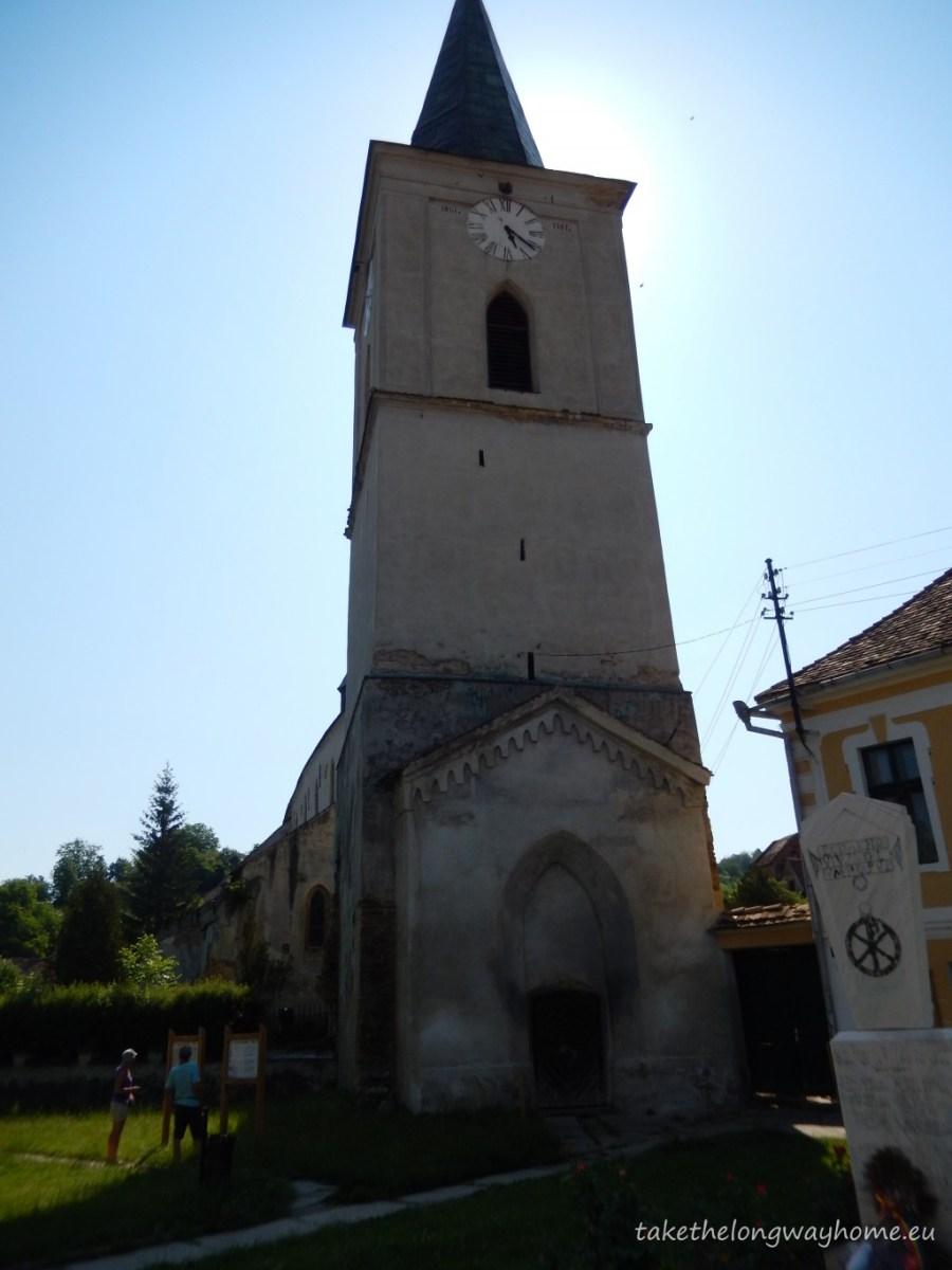 Biserica din Richiș datează din secolul 15