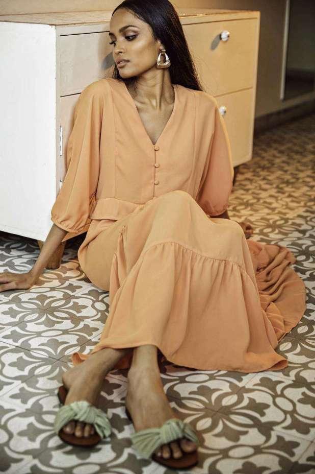علامة كيفي تطلق موقعها للتسوق لإلهام السيدات بالملابس المحتشمة3