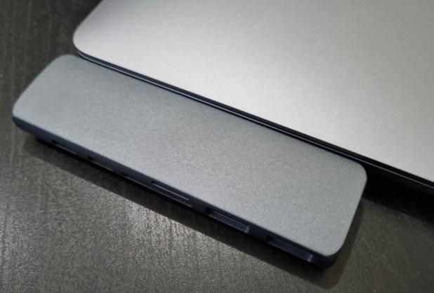 تجربتي لشراء مداخل ( Hub ) للماك بوك MacBook6