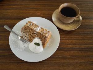 CafeVentのケーキ―とコーヒー