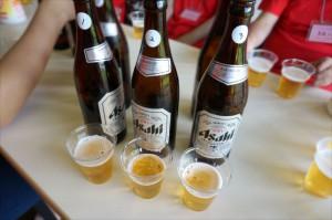 用意された一見同じ瓶ビール
