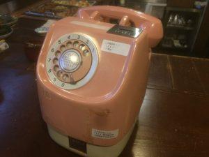 ピンクダイヤル公衆電話