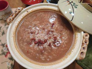 土鍋で炊いた小豆粥